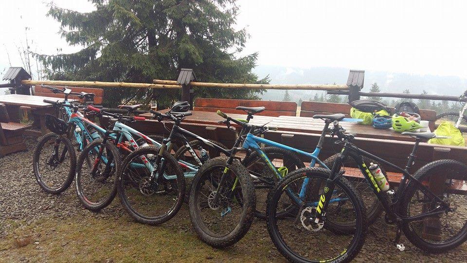 Fabrykarowerów.com testuje rowery w Górach