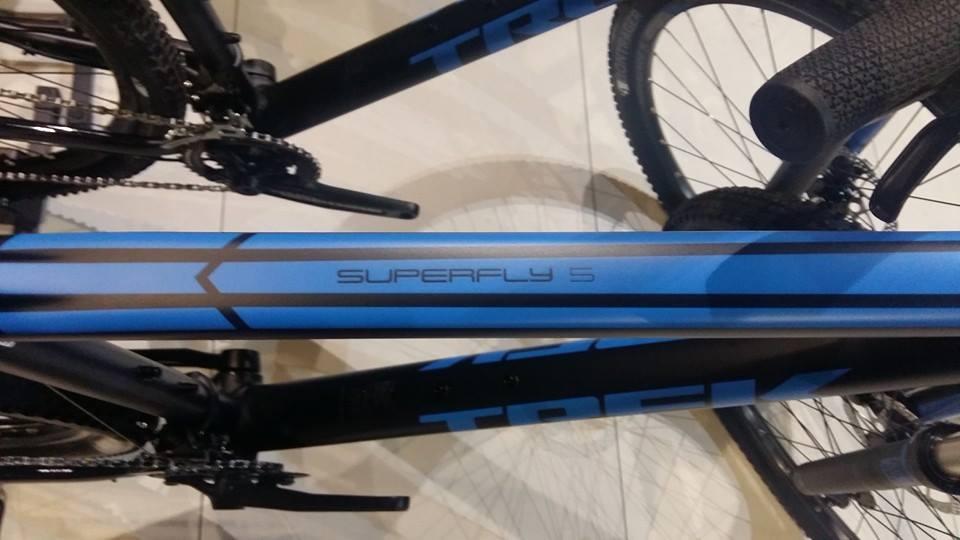 Trek Superfly 5 to kluczowy na rynku rower górski.