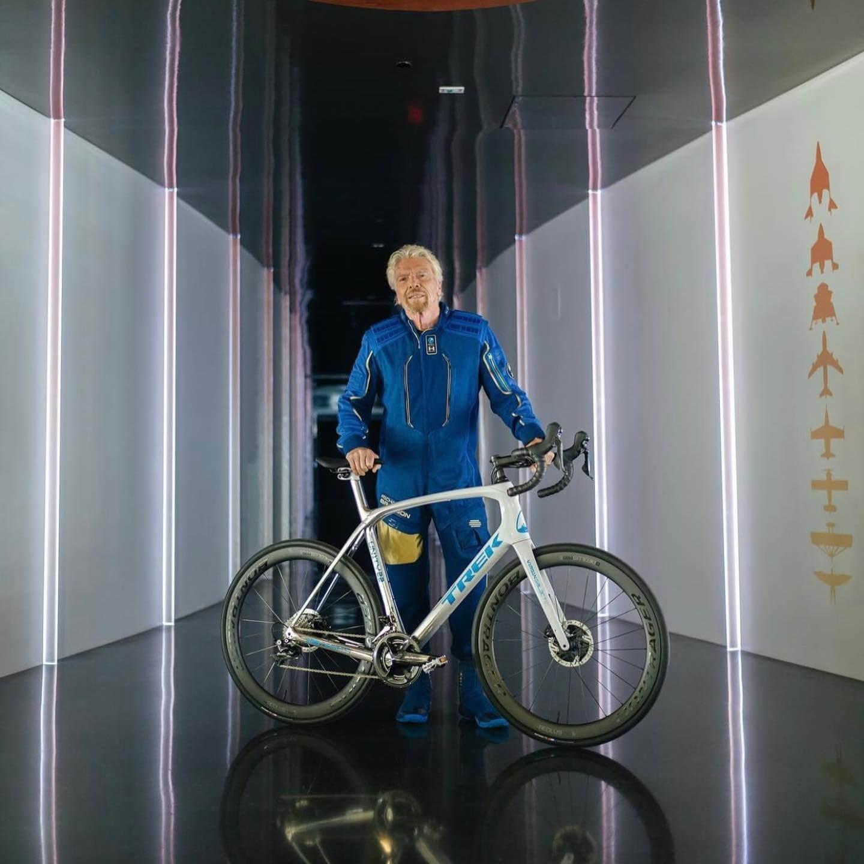 Sir Richard Branson na Domane SLR Project One